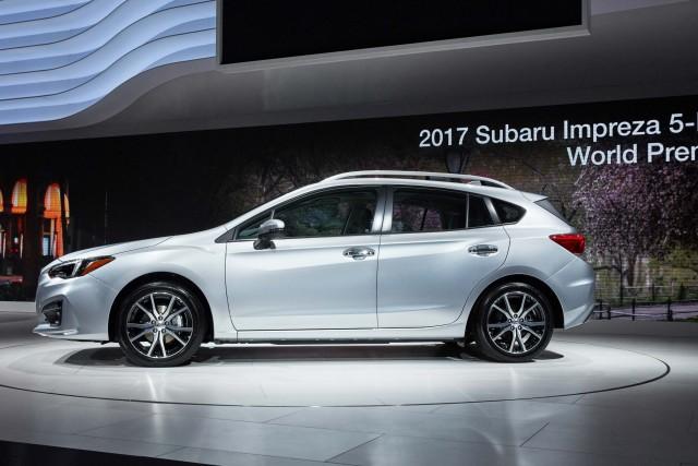 Crosstrek 2017 Subaru Impreza Hatch Side On Stage Nyias 2016