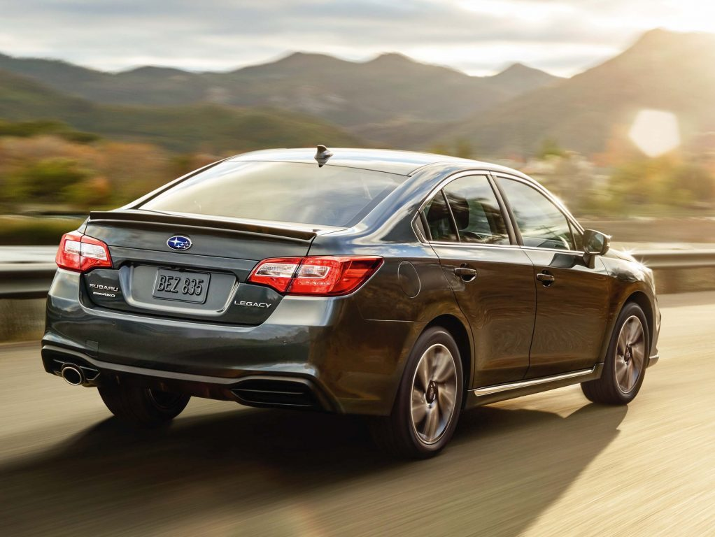 2020 Subaru Legacy vs 2015-2019: Differences compared side