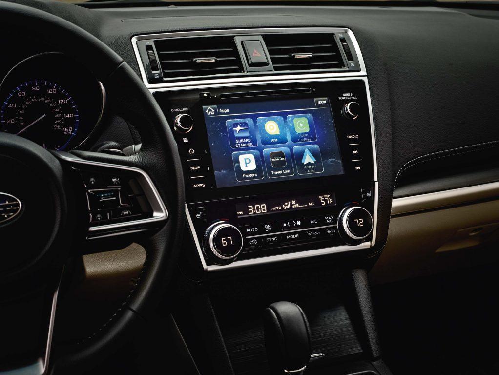 2018 Subaru Legacy facelift - larger infotainment screen