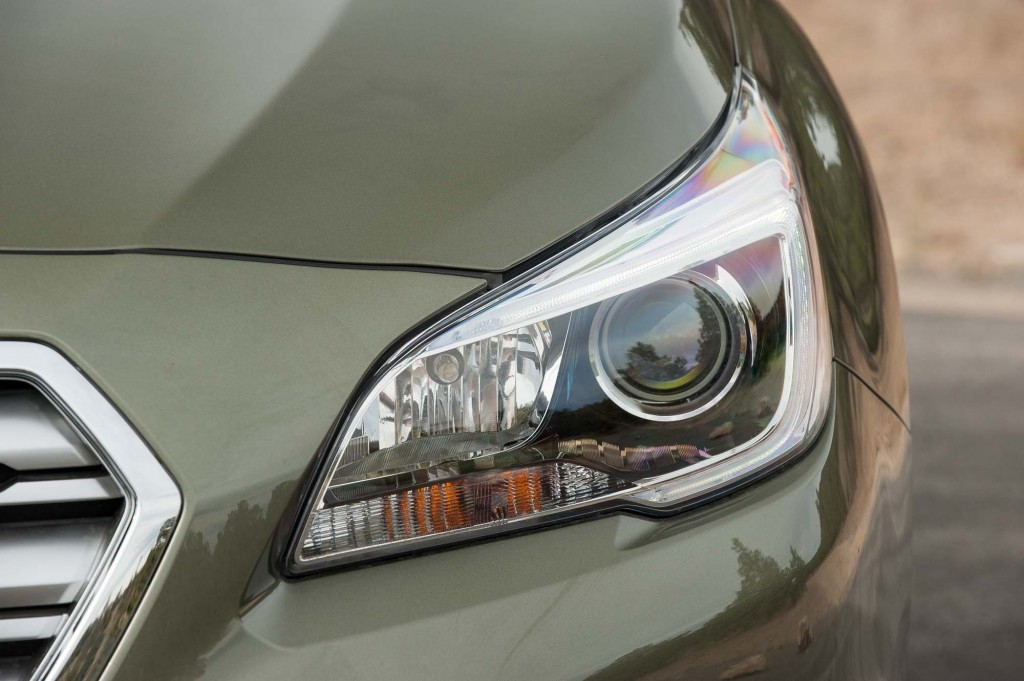 BS Subaru Outback - headlight