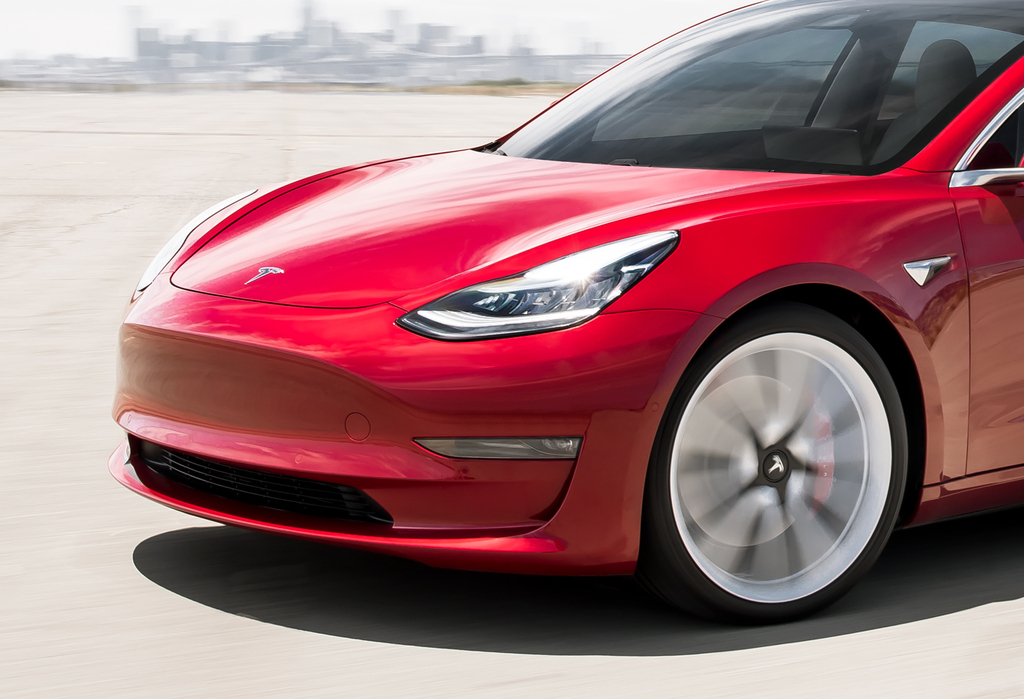 2020 tesla model y vs model 3 differences compared side by side between the axles. Black Bedroom Furniture Sets. Home Design Ideas