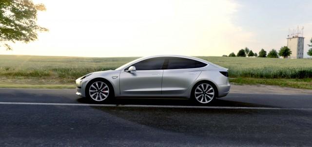 Tesla Model 3 - side