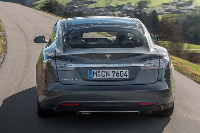 2016 Tesla Model facelift - rear, gray