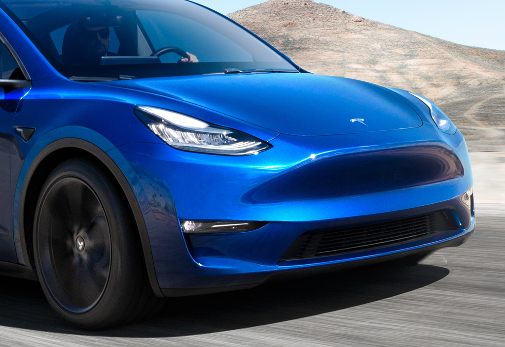 2020 Tesla Model Y vs Model 3: Differences compared side by