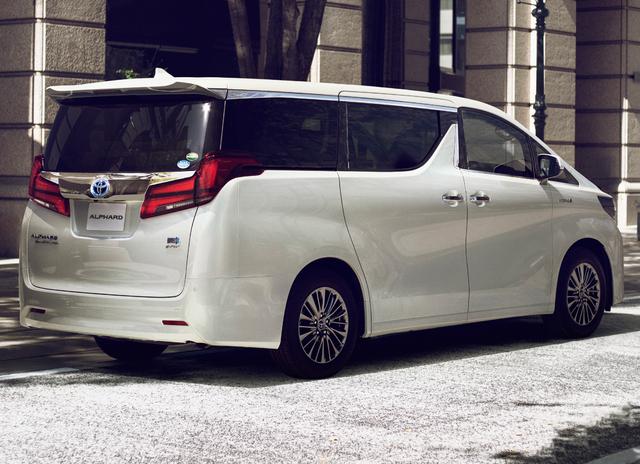 2018 Toyota Alphard facelift - rear, white, Excutive Lounge