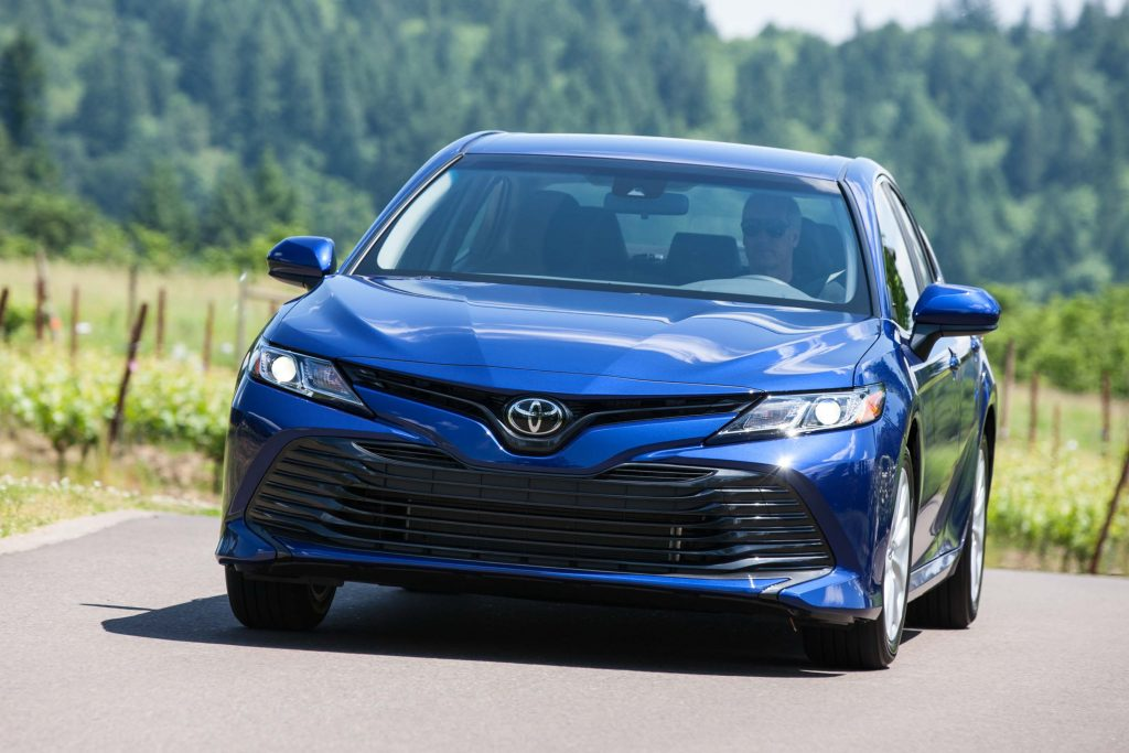 Camry Se Vs Le >> 2021 Toyota Camry vs 2018-2020: Facelift changes & differences