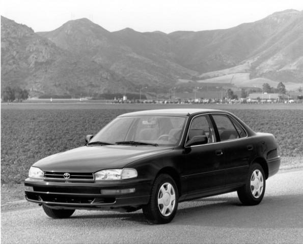 XV10 Toyota Camry - 1992 sedan