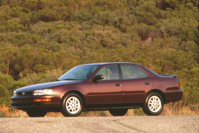 XV10 Toyota Camry - 1993 SE sedan