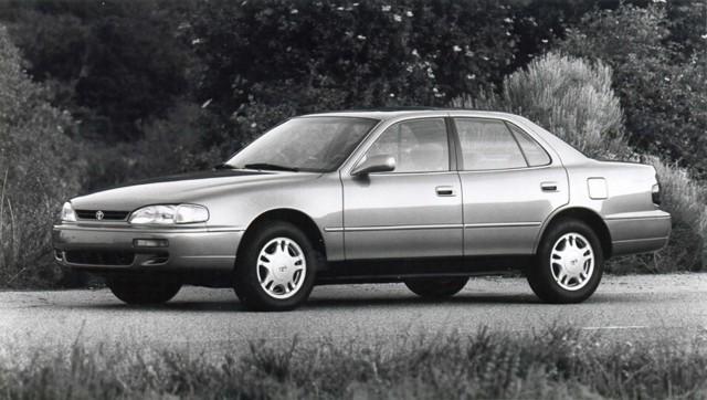 XV10 Toyota Camry - 1995 XLE sedan