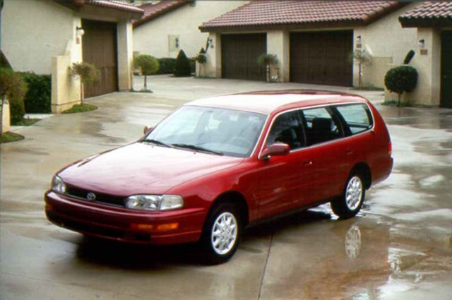 XV10 Toyota Camry - 1996 wagon