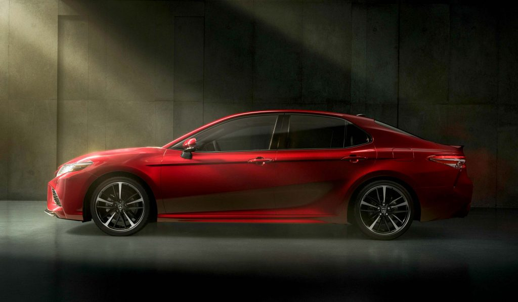 2018 Toyota Camry Xse Side Red 8th Gen