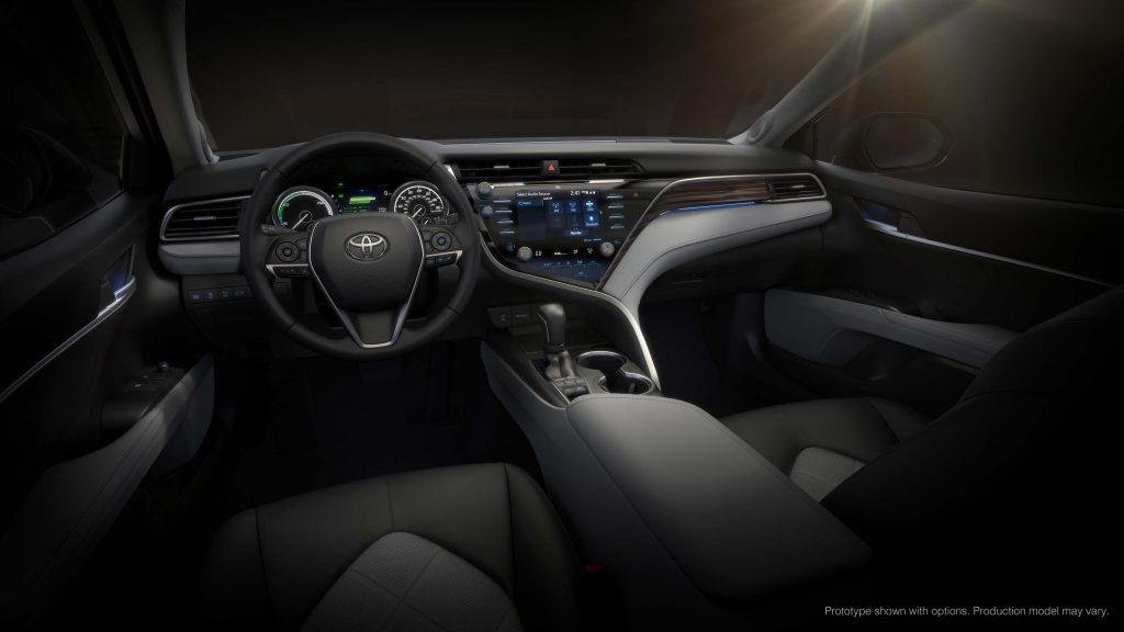 2018 Toyota Camry Hybrid - interior, dashboard