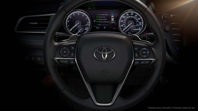2018 Toyota Camry XSE - steering wheel, instruments