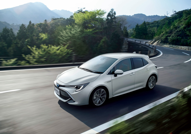 2018 Toyota Corolla Sport Front White Jdm