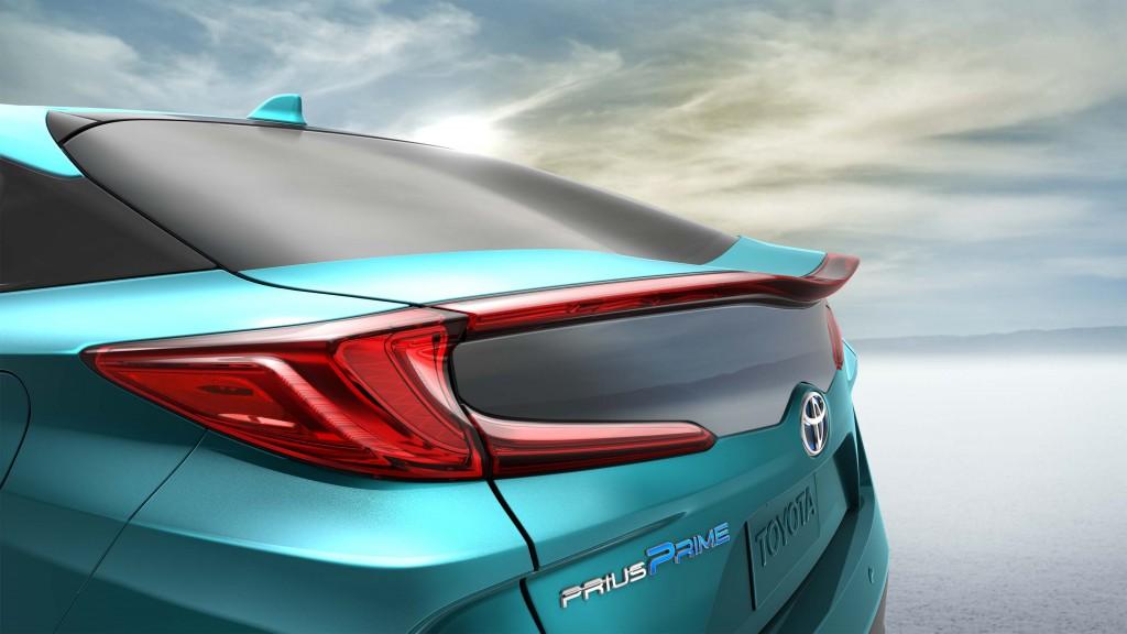 2017 Toyota Prius Prime - taillights