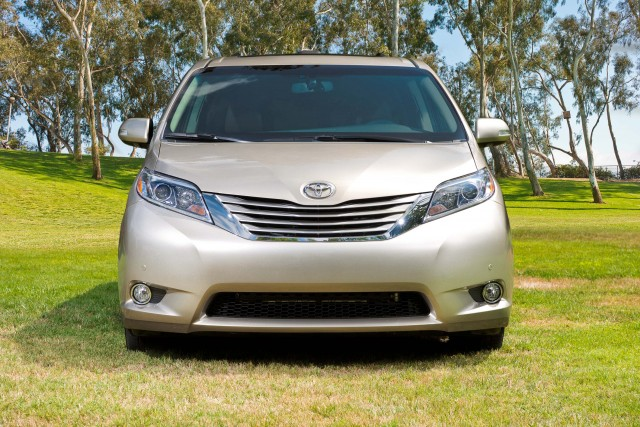 MY2015 Toyota Sienna Limited