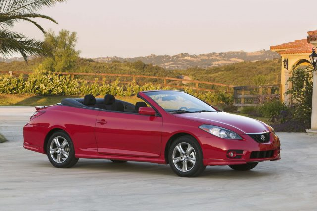 toyota camry solara convertible 2007 cv31 facelift photos between the axles. Black Bedroom Furniture Sets. Home Design Ideas