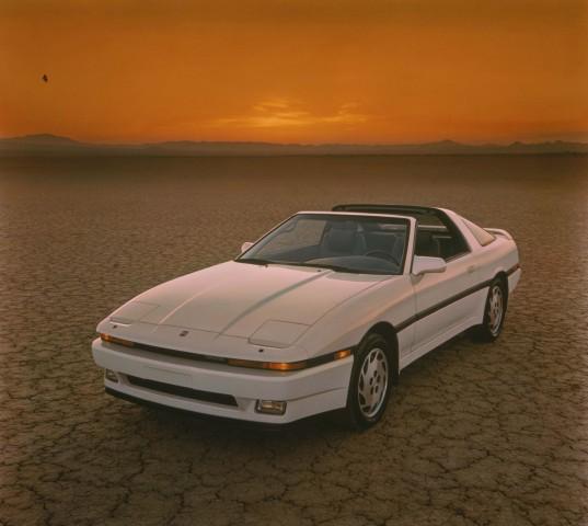 A70 Toyota Supra - white, front, desert