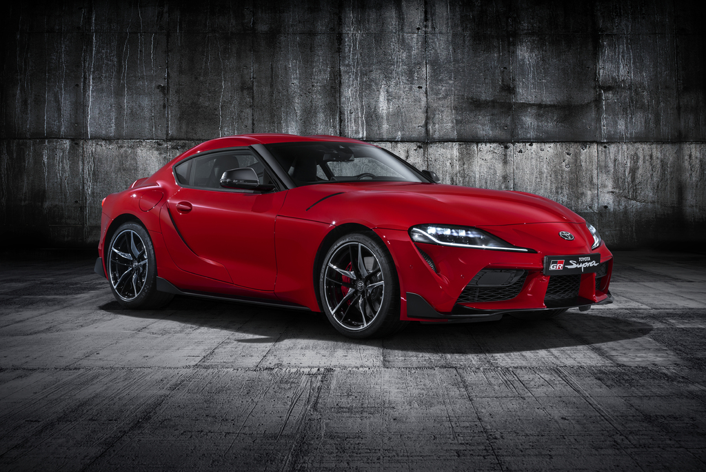 2020 Toyota Supra Vs Bmw Z4 Sibling Differences Compared Side By