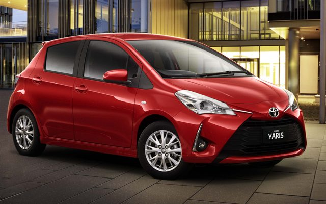 2017 Toyota Yaris facelift - front, red