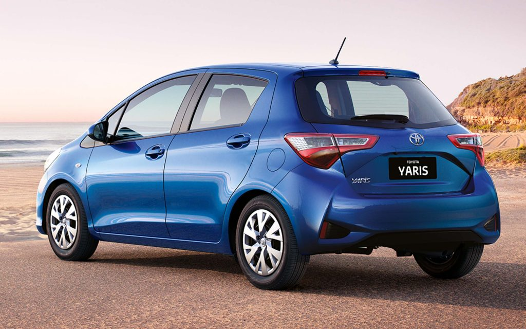 2017 Toyota Yaris facelift - rear, blue