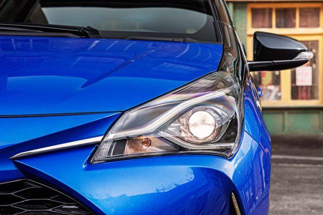 2017 Toyota Yaris facelift - headlamps