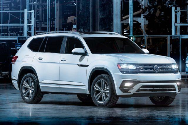 2018 Volkswagen Atlas R-Line - front, white
