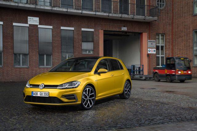 Mark 7.5 Volkswagen Golf facelift - front, yellow orange