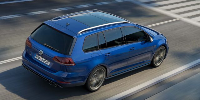2017 Volkswagen Golf R facelift2017 Volkswagen Golf R facelift - wagon, rear