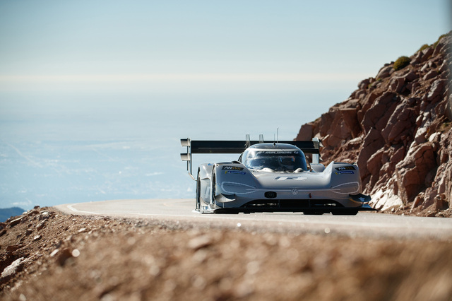 Volkswagen ID R Pikes Peak record setting lap