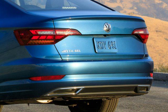 2019 Volkswagen Jetta - trunk, taillamps