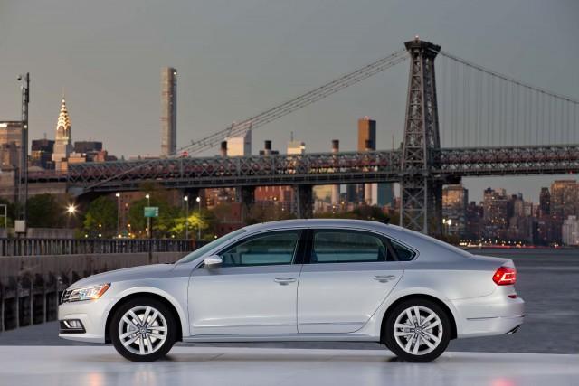 B7 NMS Volkswagen Passat facelift - silver