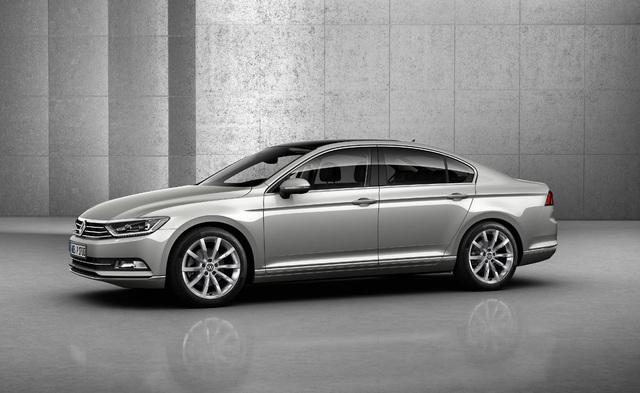 2014 Volkswagen Passat sedan - front, silver