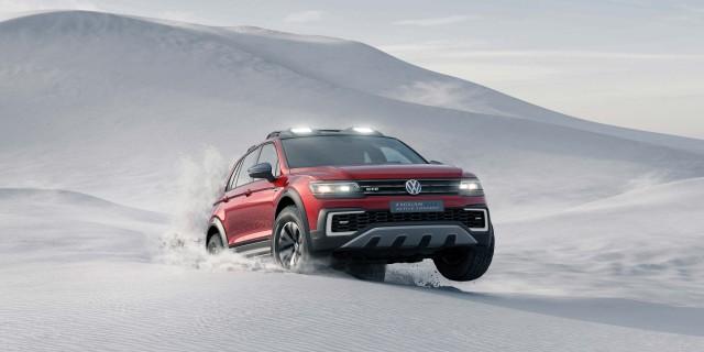 Volkswagen Tiguan GTE Active Concept - sand dune