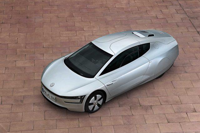 Volkswagen XL1 - front, overhead