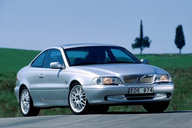 First generation Volvo C70 - front, silver